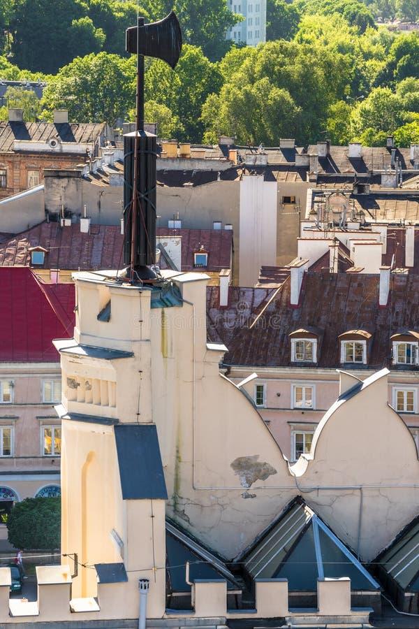 LUBLIN, POLEN - Juni 07, 2018: Het detail van de het kasteelpoort van Lublin met bijl stock foto's