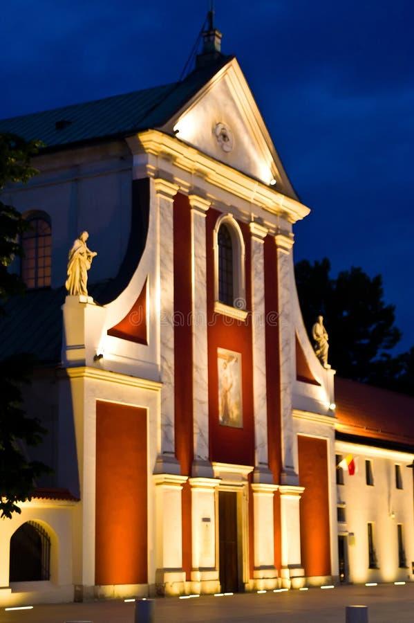 Lublin, Polonia, iglesia de San Pedro en la noche fotografía de archivo