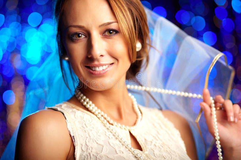 Download Ślubna dziewczyna obraz stock. Obraz złożonej z narzeczeni - 28951081
