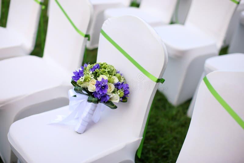 Download Ślubny bukiet zdjęcie stock. Obraz złożonej z ceremonia - 28954660