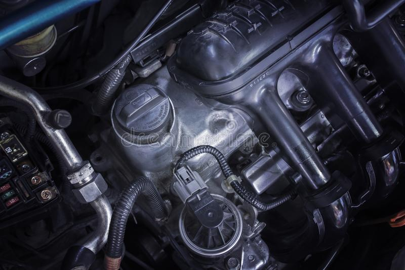 Lubrifique o tampão do carro do motor para o reparo e os serviços do motor foto de stock royalty free