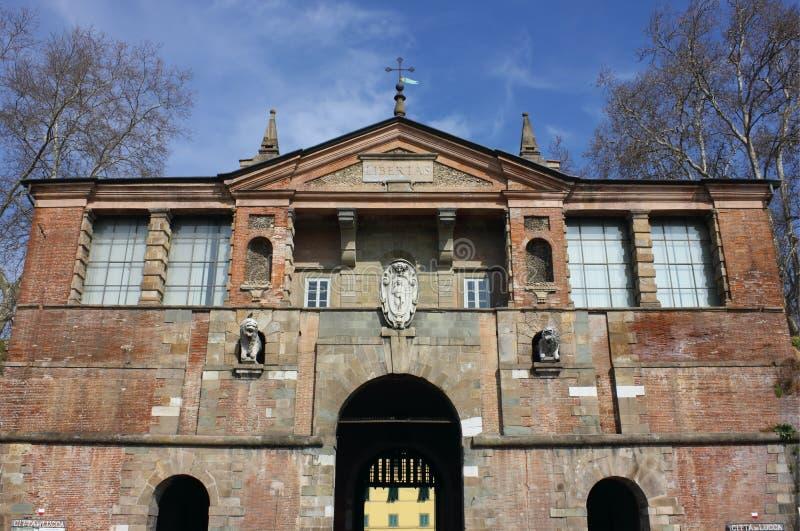 Luca Porta San Pedro imagenes de archivo