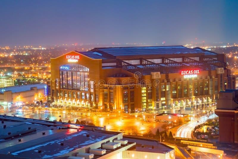 Lucas Oil Stadium é uma casa aos Indianapolis Colts imagens de stock