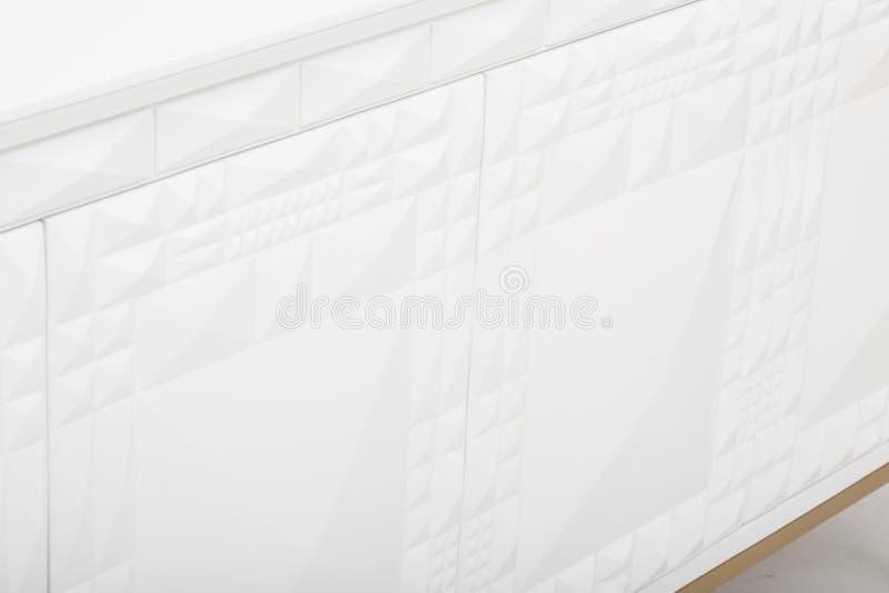Lucas Sideboard   Rove Concepts, unit? bianca di spettacolo di 6 cassetti TV, apprettatrice del cassetto di Mateer 6 con l'immagi immagine stock libera da diritti
