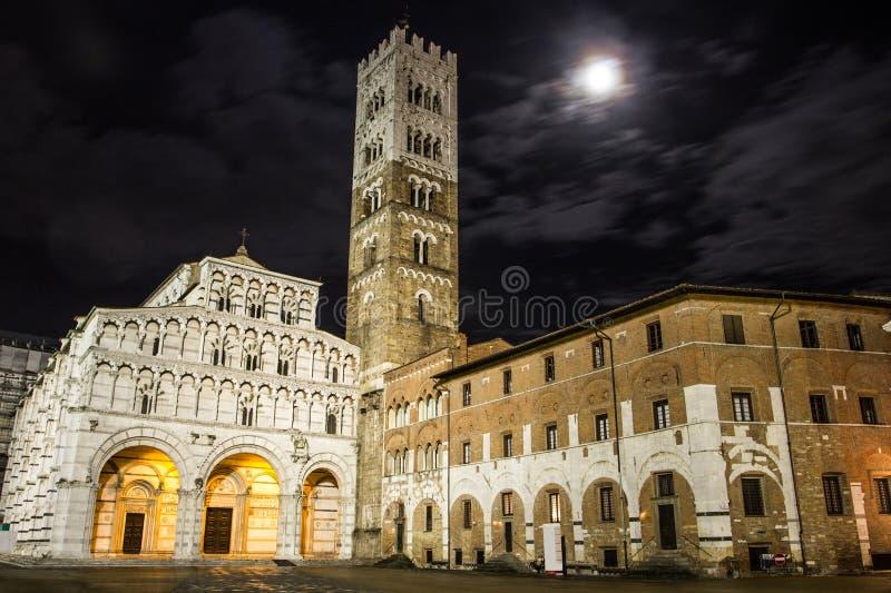 Lucca Duomo royaltyfria bilder