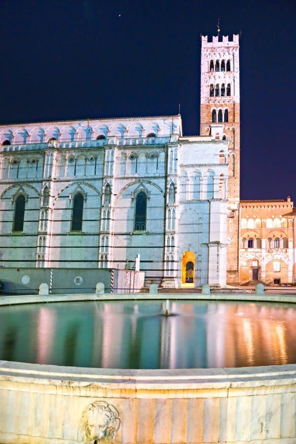 Lucca - vista della cattedrale della st Martin. immagini stock