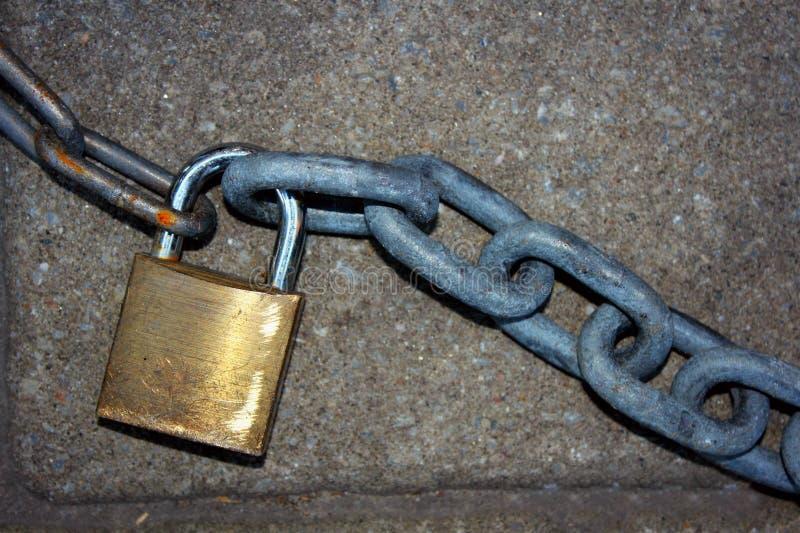 Lucchetto e catena immagini stock