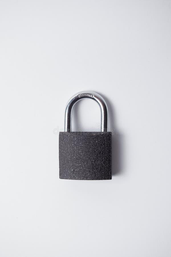 Lucchetto grigio e chiuso del metallo, fotografie stock
