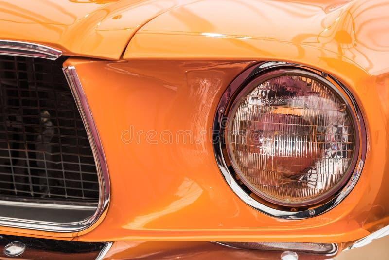 Luce d'annata della testa dell'automobile fotografie stock libere da diritti