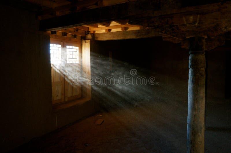 Luce e polvere fotografie stock