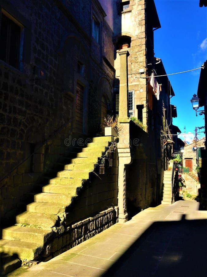 Luce ed ombre, scala alla storia fotografia stock