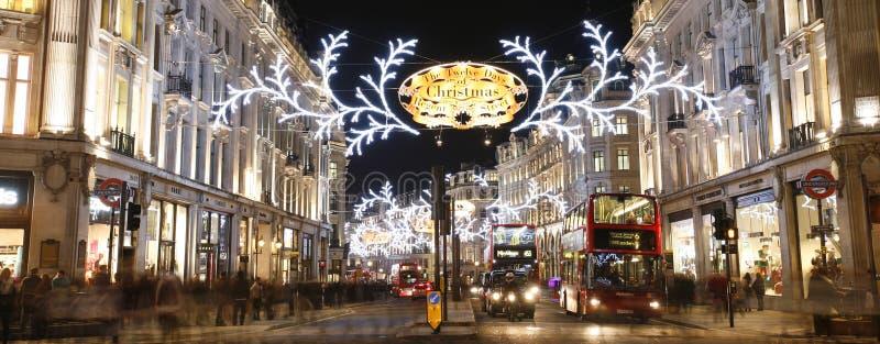 Luces 2012 de la Navidad en la calle de Londres imagenes de archivo