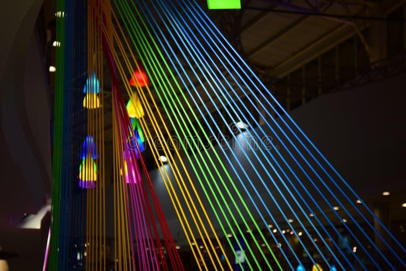 Luces coloridas y luces coloridas borrosas imagenes de archivo