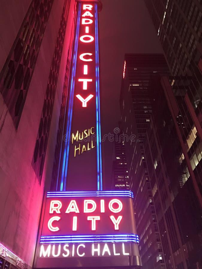 Luces de la ciudad foto de archivo