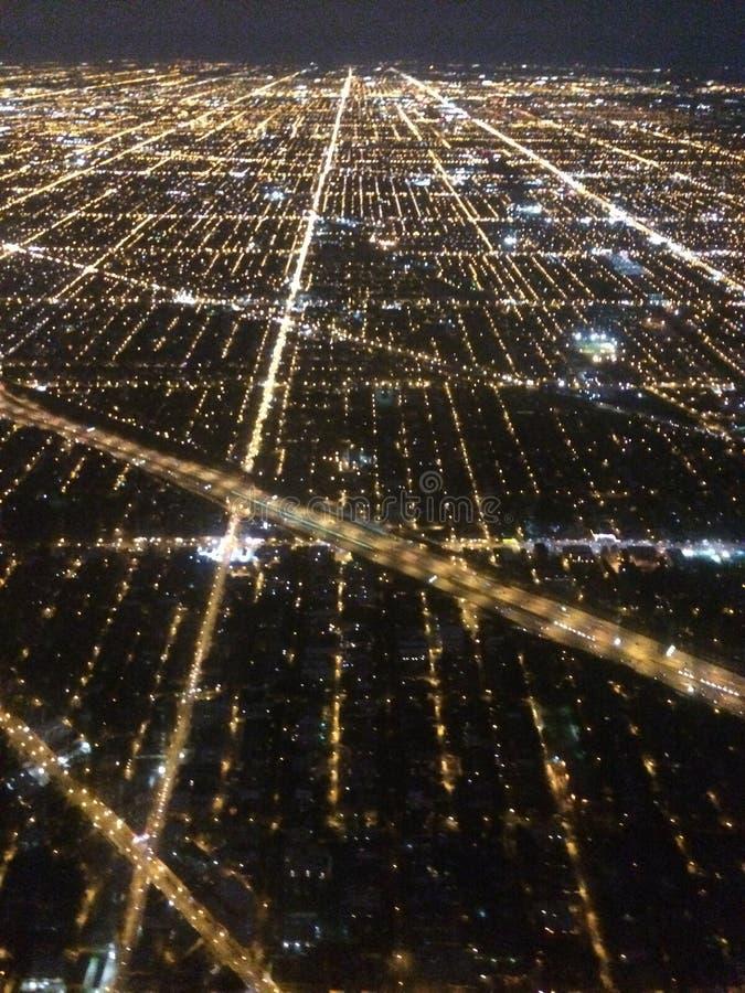 Luces de la ciudad desde arriba imagenes de archivo