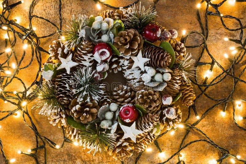 Luces de la guirnalda y de la Navidad imágenes de archivo libres de regalías