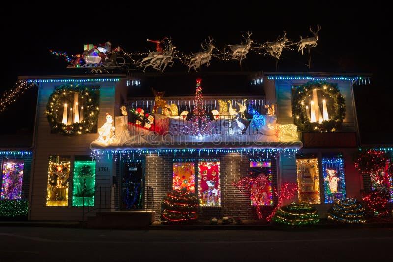 Luces de la Navidad en el pueblo de la Navidad, Salem, Oregon foto de archivo libre de regalías