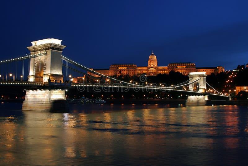 Luces de la noche en Budapest. 10. imagen de archivo