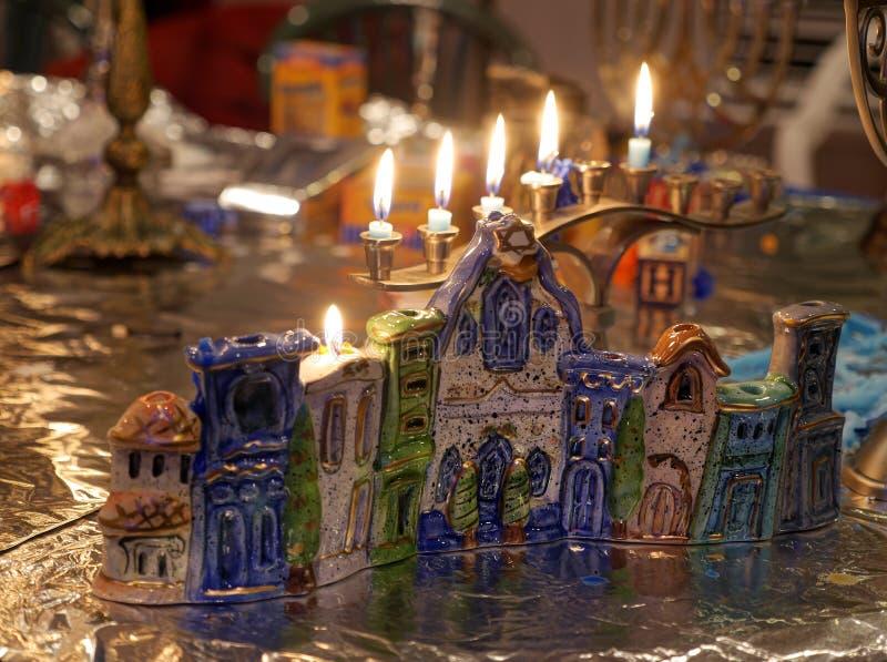 Luces de la vela de Hanukkah imagen de archivo