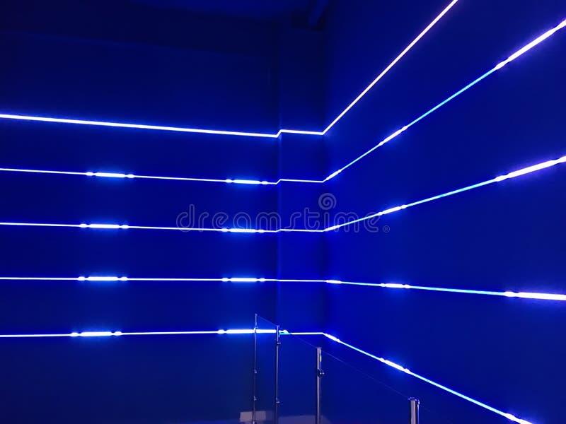 Luces de neón azules fotografía de archivo libre de regalías