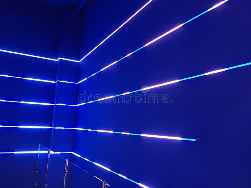 Luces de neón azules fotos de archivo libres de regalías