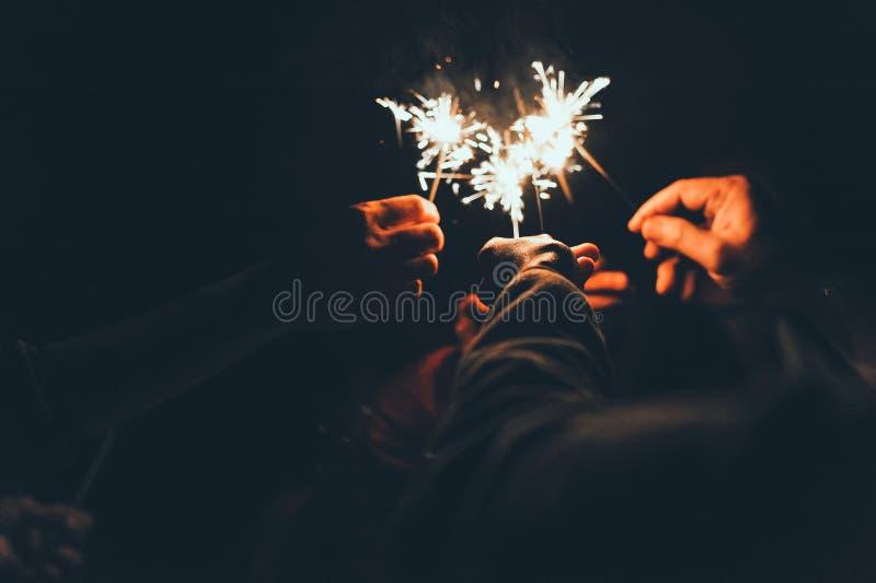 Luces frías con la celebración en el día de la felicidad fotografía de archivo libre de regalías