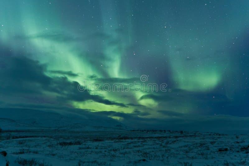 Luces norteñas después de una tormenta imagen de archivo