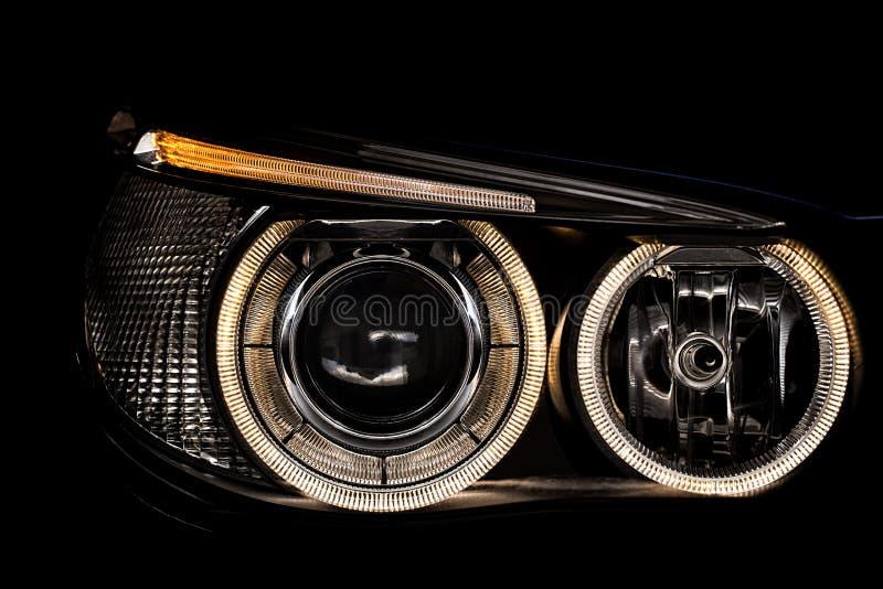 Luces de un coche imagen de archivo