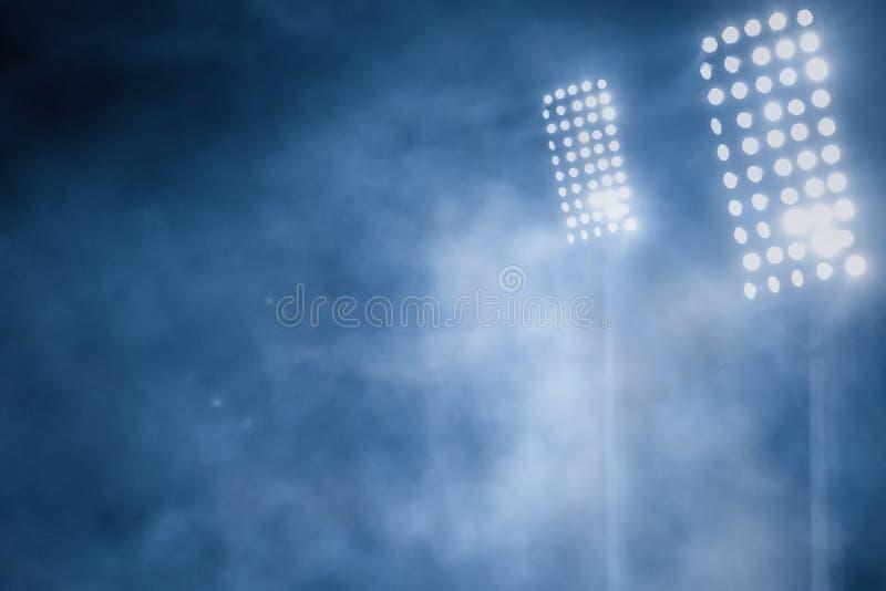 Luces y humo del estadio imagen de archivo libre de regalías