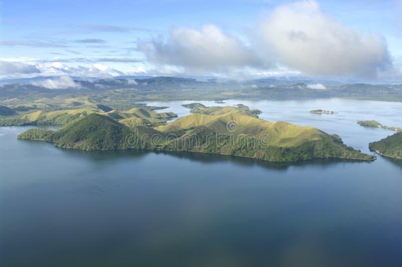 Lucht foto van de kust van Nieuw-Guinea stock afbeelding