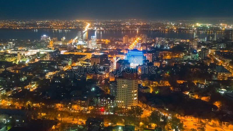 Lucht hoogste mening over lichten in nacht grote stad stock afbeeldingen