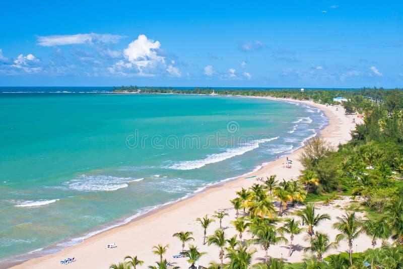 Lucht mening, het strand van Puerto Rico stock foto