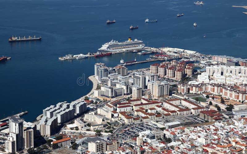 De stad en de haven van Gibraltar stock foto's