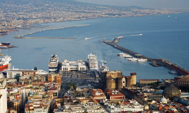 Lucht mening van het panorama van de de stadshaven van Napels stock fotografie