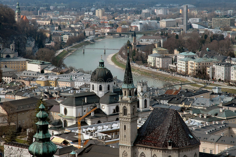 Lucht Mening van Salzburg, Oostenrijk stock afbeelding