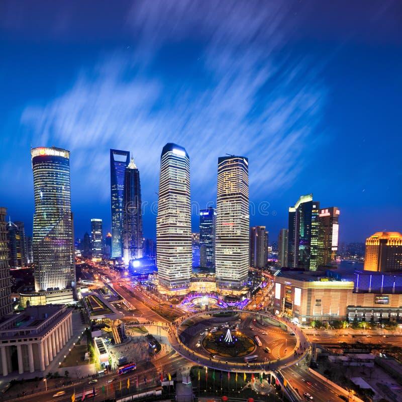 Lucht mening van Shanghai horizon bij avond stock afbeelding