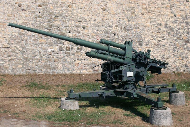 Luchtafweerkanon 88 mm stock afbeelding
