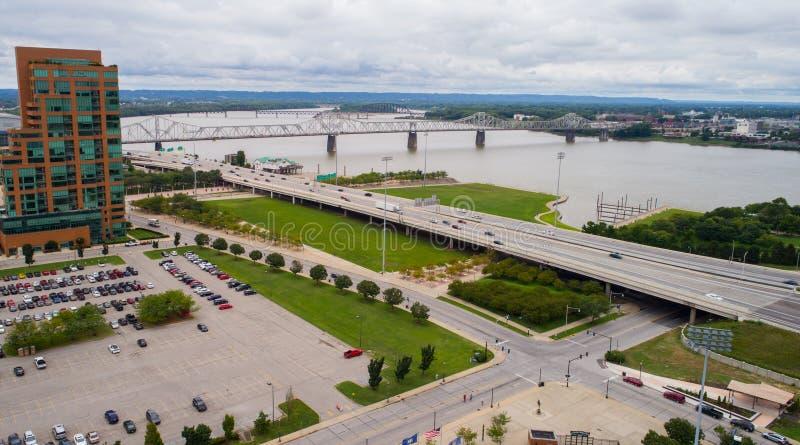 Luchtbeeld van Downtown Des Moines Iowa stock fotografie