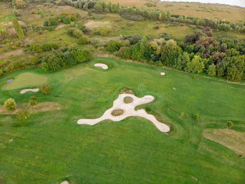 Luchtbeeld van een golfplaats in Hongarije dichtbij het Meer Balaton stock foto