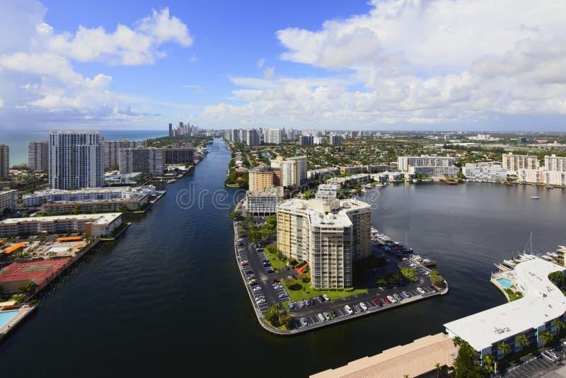 Luchtbeeld van Hallandale-Strand FL royalty-vrije stock afbeelding