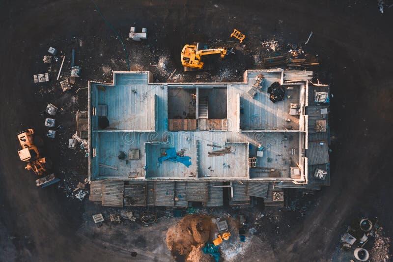 Luchtbirdseyebeeld van een huis die worden gebouwd stock foto