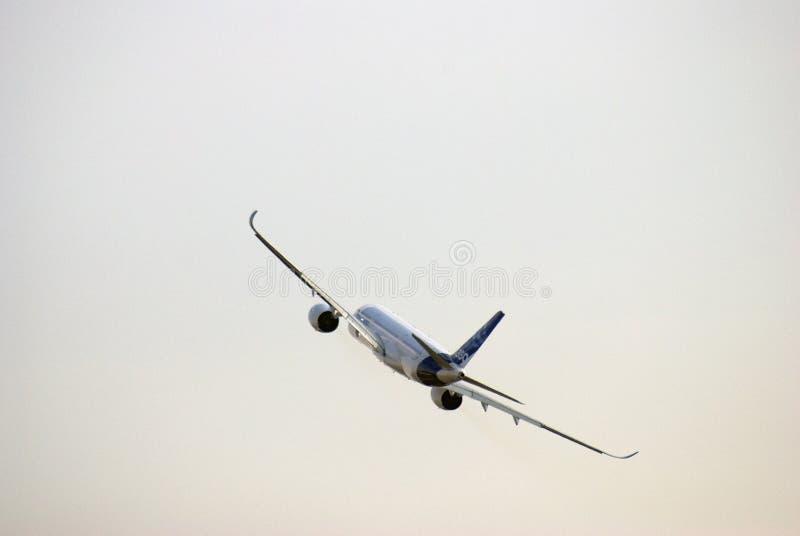 Luchtbus A350-900 bij de Internationale Ruimtevaartsalon van MAKS royalty-vrije stock afbeelding