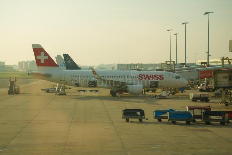 Luchtbus A320-200 hb-JLT Swiss International Air Lines royalty-vrije stock foto's