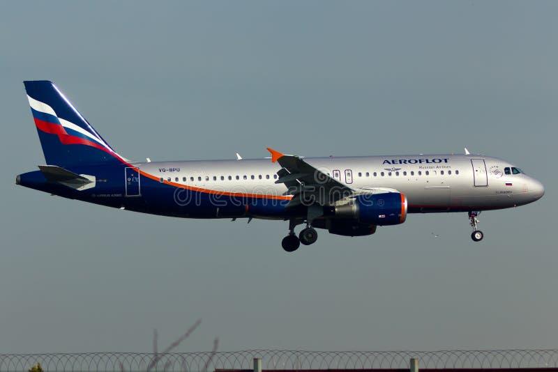 Luchtbusa320 Vliegtuig stock foto's
