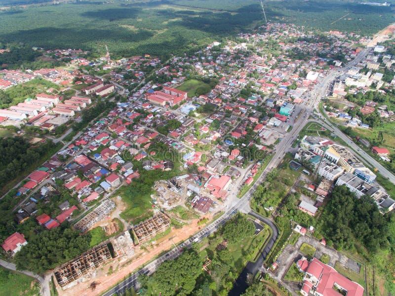 Luchtdiemening van woonwijk in guchil, kelantan krai van Kuala wordt gevestigd, Maleisië stock foto's