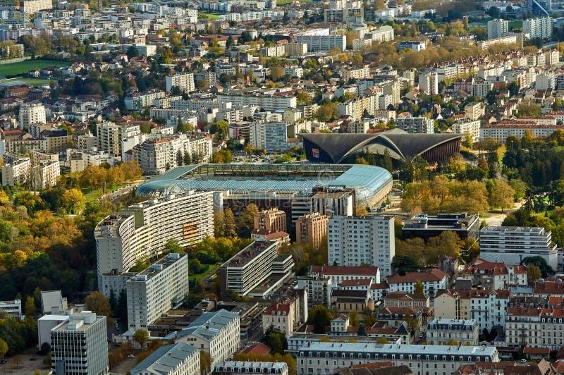 Luchtdiemiddel van Grenoble, Frankrijk wordt geschoten royalty-vrije stock foto's