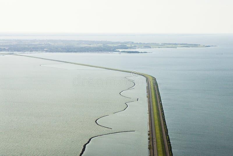 Luchtfoto van Afsluitdijk, Afsluitdijk空中照片  免版税库存照片
