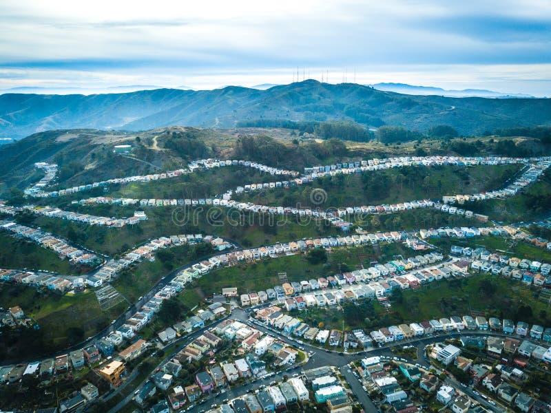 Luchtfoto van Daly City in Californië stock foto's