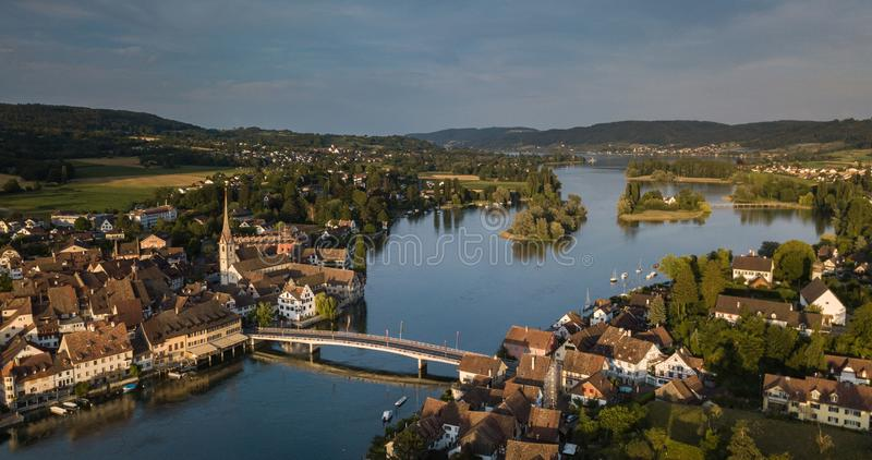 Luchtfoto van de middeleeuwse stad Stein-Am-Rhein stock foto's