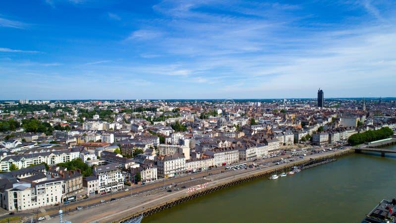 Luchtfoto van Quai DE La Fosse in de stadscentrum van Nantes royalty-vrije stock afbeeldingen